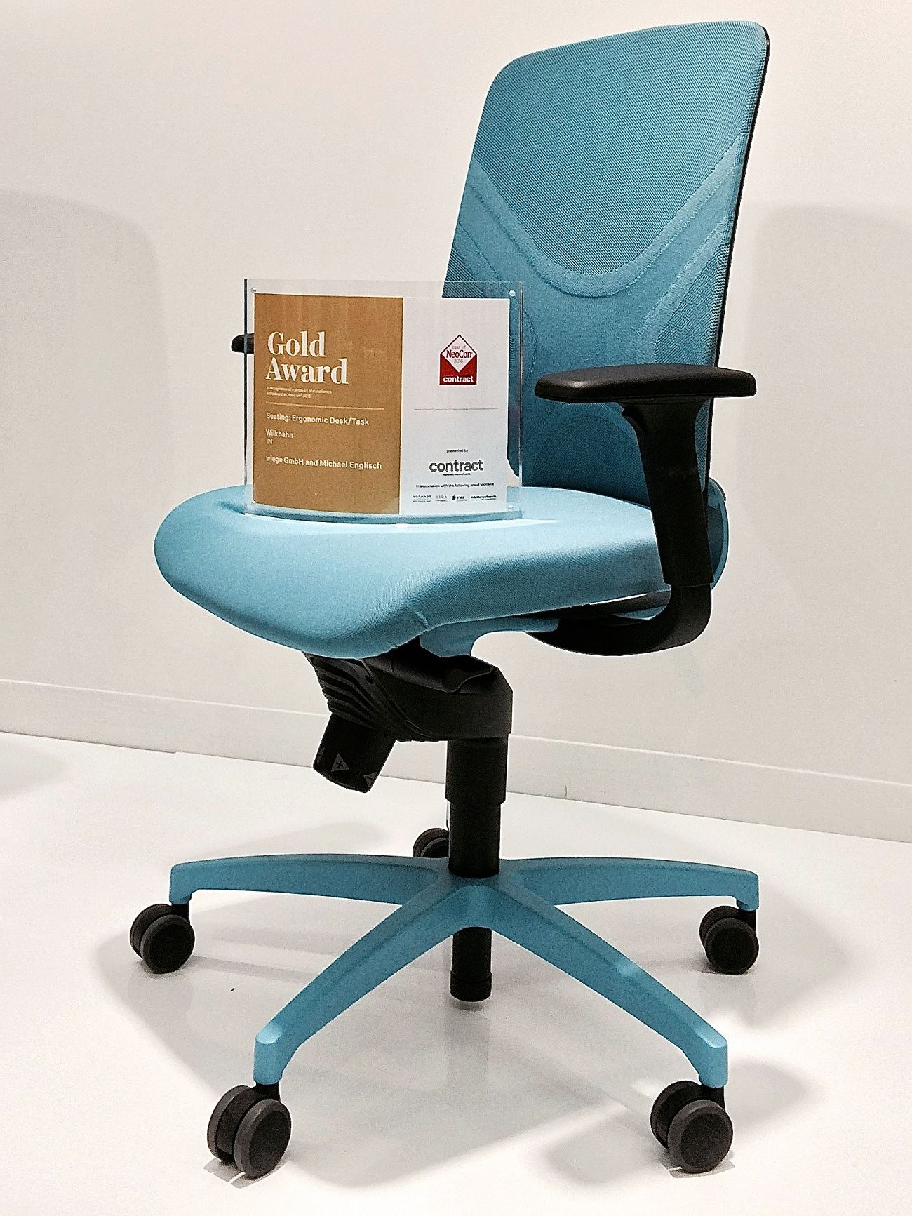 Wilkhahn Photo Gold Award NeoCon 1 compressed - Wilkhahn récompensé d'un Gold Award