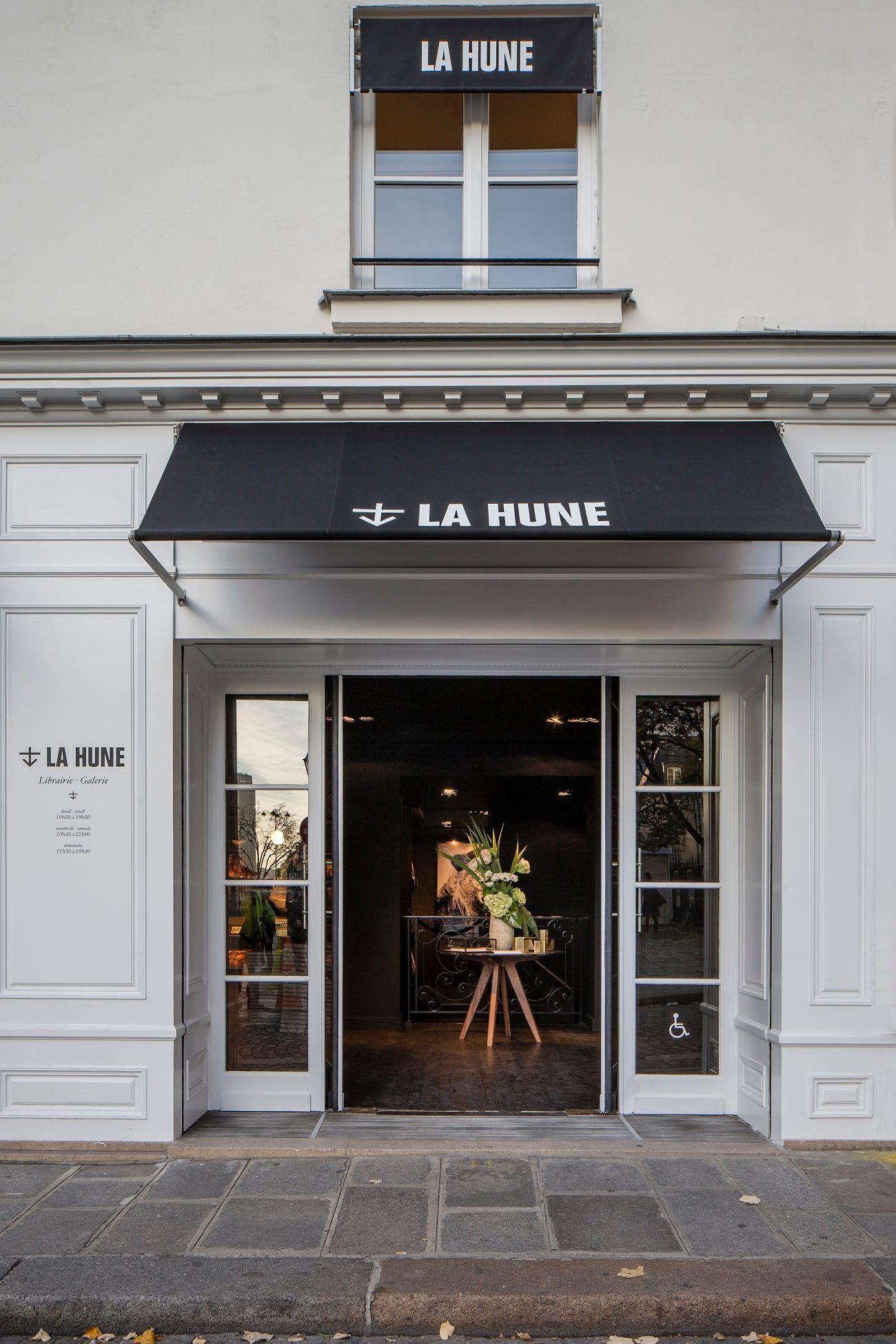 La Hune 09 compressed - La Hune ou le concept de Librairie – Galerie