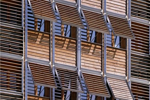 pe06 compressed compressed 585x390 - Gilles Perraudin : au-delà de la pierre, le bois