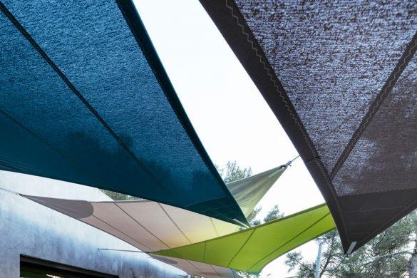 Maison dAix en Provence2 Atelier Aude Cayatte copie copie compressed 585x390 - SERGE FERRARI : la lumière, pas la chaleur