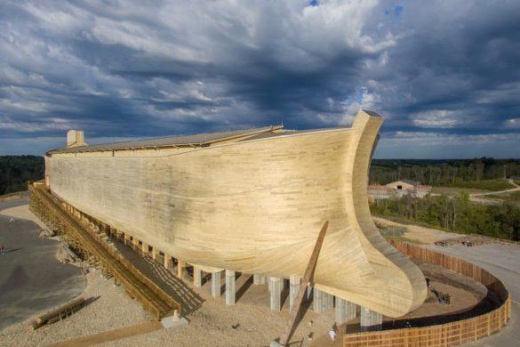 ark encounter 3 585x390 - Arche de Noé, Bunker ou cabane Ikea : la revue de presse du 31/01/2017