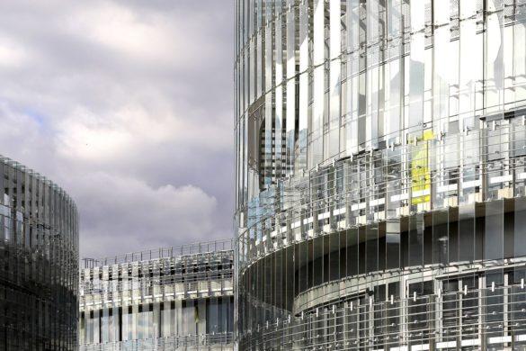 EDF francis soler paris saclay PORCHER 7 585x390 - Centre de recherche EDF à Saclay: éléments remarquables