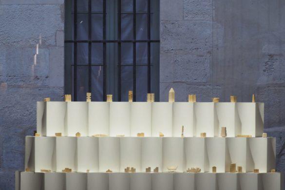jean christophe quinton vers limmediate etrangete des formes 5 585x390 - Jean-Christophe Quinton explore l'immédiate étrangeté des formes