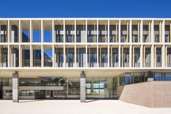 lycee international est parisien noisy le grand ateliers 234 13 585x390 - Lycée international à Noisy-le-Grand par l'ateliers 2/3/4