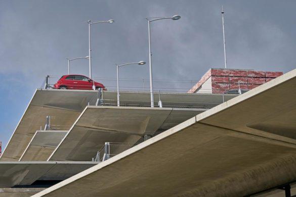 gare saint jean bordeaux AREP hall 3 04 585x390 - Réaménagement et extension de la gare Saint-Jean à Bordeaux