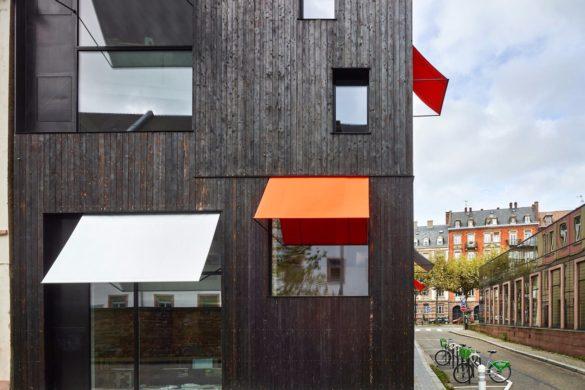 06 agence dominique coulon strasbourg Eugeni Pons 585x390 - Les bureaux et le logement de Dominique Coulon à Strasbourg