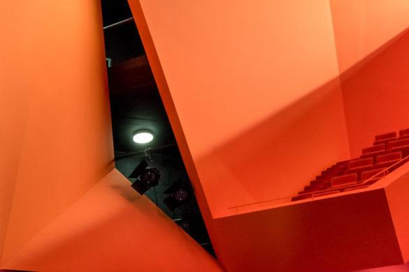 12 FREYMING MERLEBACH ©David Romero Uzeda web 585x390 - Le théâtre Theodore Gouvy : un cœur rouge à Freyming-Merlebach