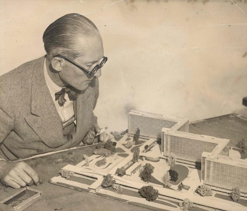 le_corbusier_portrait_architecture_mouvement_moderne_maquette