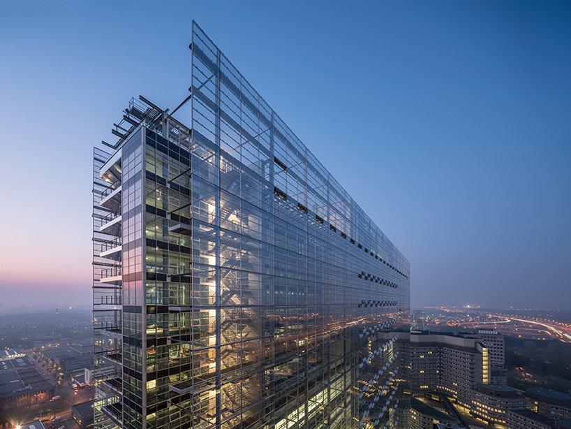 ateliers jean nouvel european patent office rijswijk netherlands designboom 02 - L'expérience de l'horizontalité vue par Jean Nouvel avec l'ouverture d'un nouveau bureau européen des brevets aux Pays-Bas