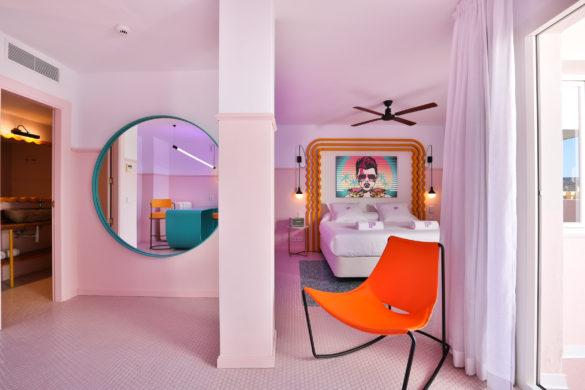 paradiso ibiza art hotel ilmiodesign art deco pastel spain dezeen 2364 col 9 585x390 - Quand Miami rencontre Memphis au Paradiso Ibiza Art Hotel