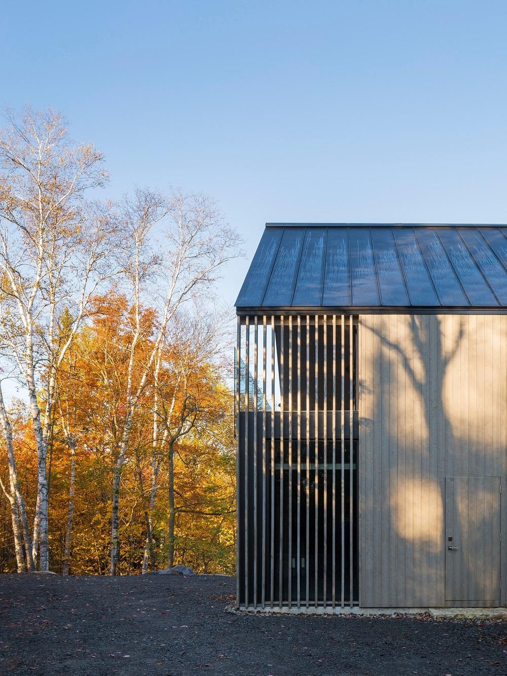 45057 preview low 880 13 45057 sc v2com - L'Atelier de la Falaise, quand la nature se met au service de la création artistique
